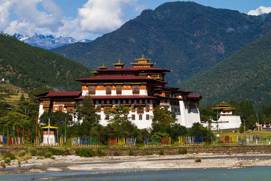 Peter-West-Carey-Bhutan2011-1022-8967